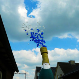 fles-met-ballonnen-huren